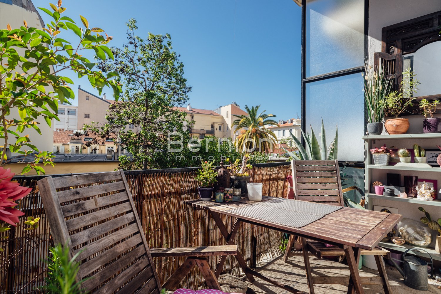 For Sale, Nice City Center Beautiful 72 sqm Apartment with terrace in Art Deco Building / photo 1