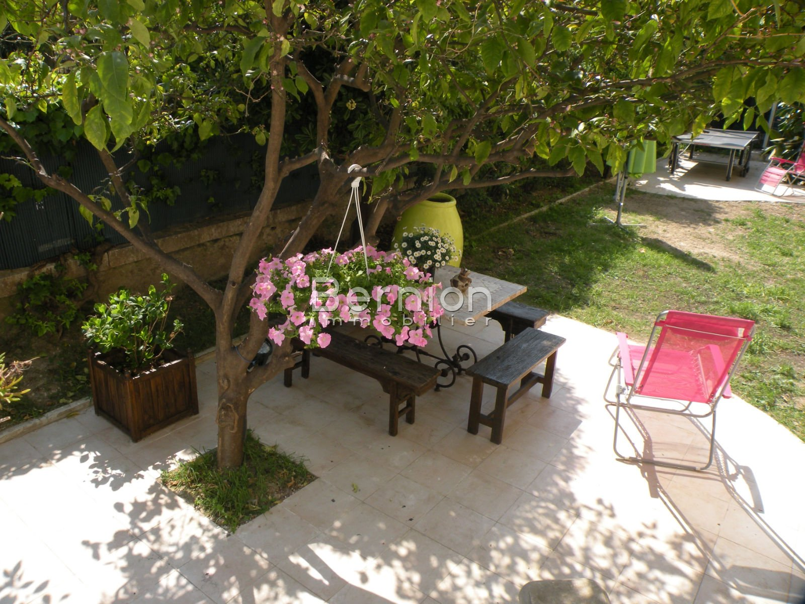 For sale nice france amazing 260 m2 apartment with indoor for Pool garden nice